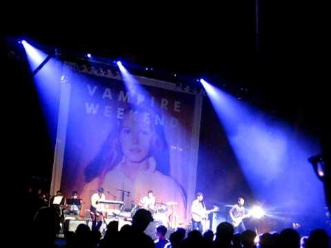Vampire_weekend_live