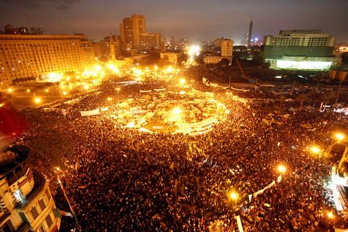 Egyptian-Revolution-Tahrir-aerial